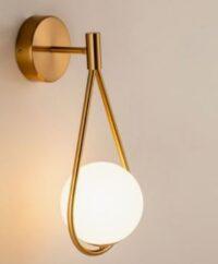 Lampu Dinding Modern Tampilan Emas