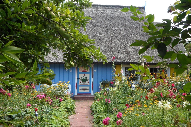 8 Ide Taman Minimalis Depan Rumah 2