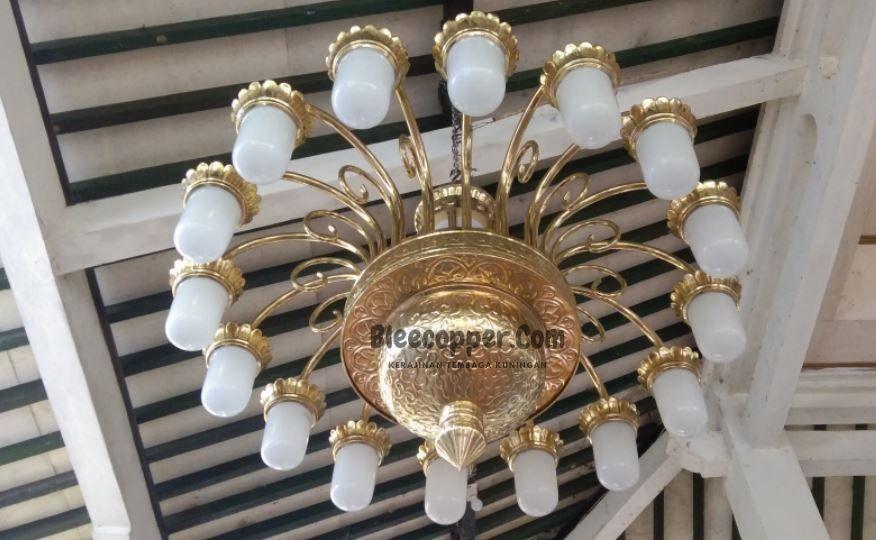 Lampu Masjid kuningan Antik