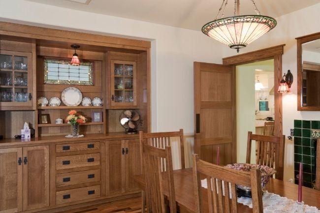 Pilihan Cabinet Ruang Makan Sempit