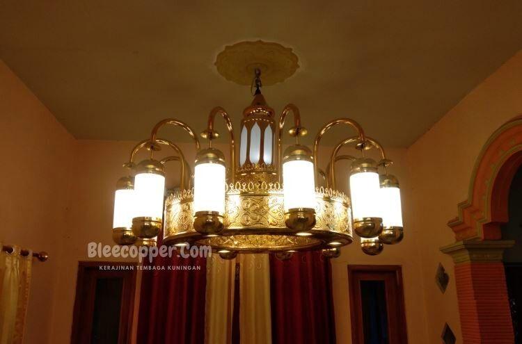 Replika Lampu Nabawi kuningan