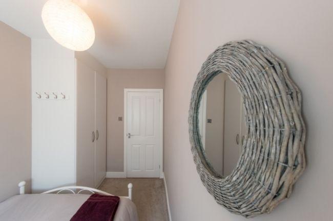 Cermin Hias Untuk Kamar Tidur Minimalis Aesthetic