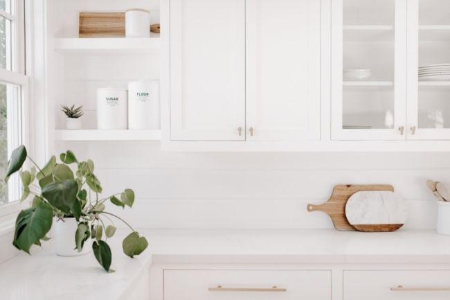 Dekorasi Dapur Minimalis Sederhana Serba putih