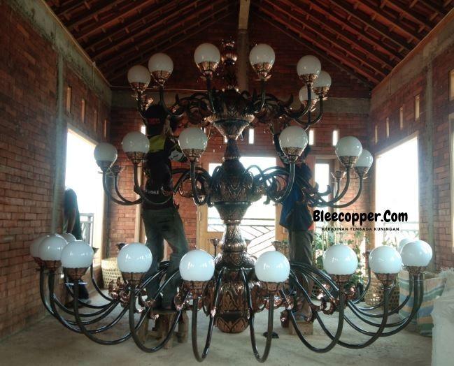 Lampu Masjid Tembaga Bohlam Bulat
