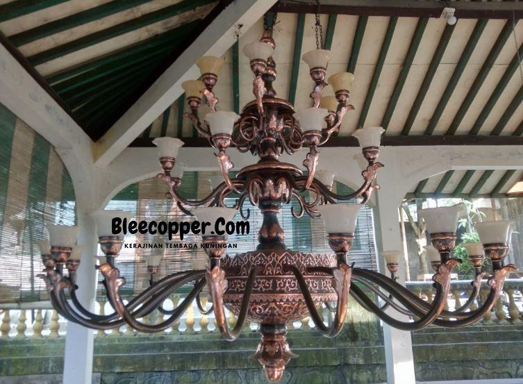 Lampu Masjid Tembaga