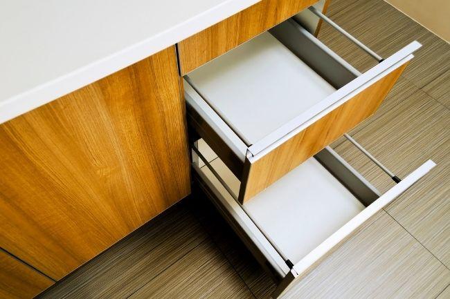 Optimasi Laci Untuk Mengatur Dapur