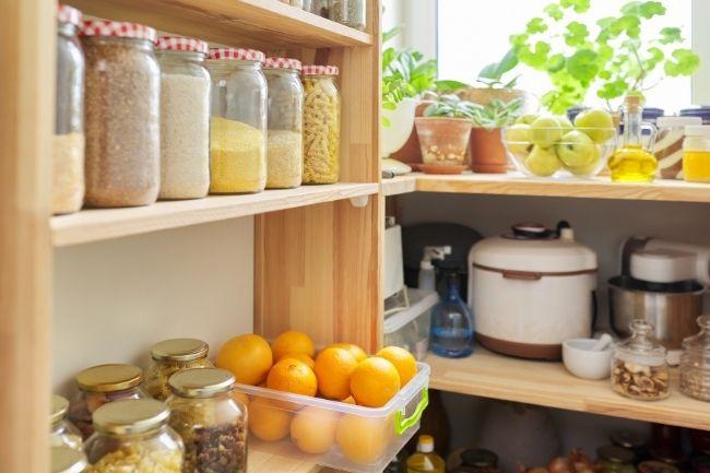 Pantry Dan Stoples Untuk Menata Dapur