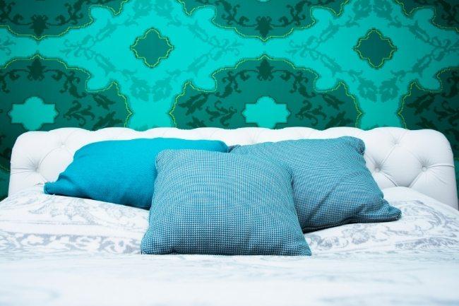 Desain Kamar Tidur Minimalis Dengan Nada Turquoise